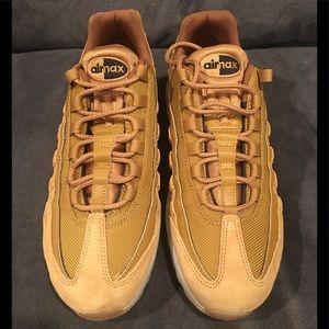 Nike Air Max 95 Wheat Pack Premium Men's size 9.5 NWT